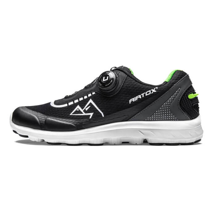 YY22 Airtox sneaker