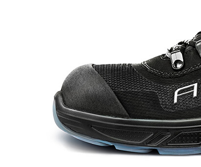 For that reason, AIRTOX work shoes are equipped with the following types of wide, highly advanced toe caps: